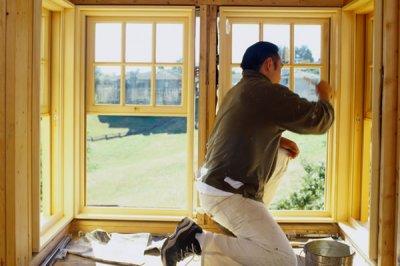 Особенности ухода и эксплуатации деревянных окон со стеклопакетом